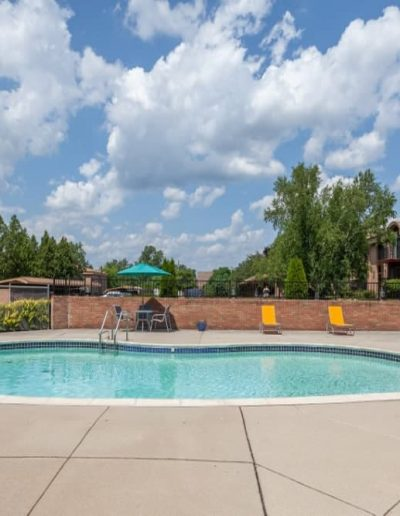 cranbrook-centre-apartments-for-rent-in-southfield-mi-gallery-2